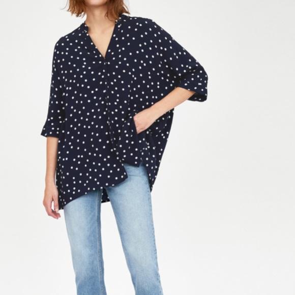 68d7a7a9b65 Zara flowy oversized asymmetric polka dot blouse